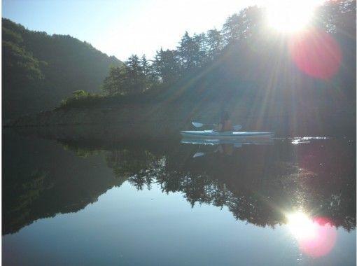 [Gunma To the fantastic world of early morning! Sunrise canoe tourの紹介画像
