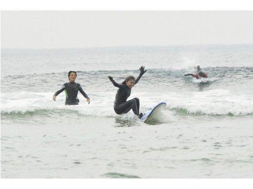 【沖縄/北谷】世界サーフィン連盟インストラクター主催!無料写真・送迎あり!体験サーフィンスクールの紹介画像