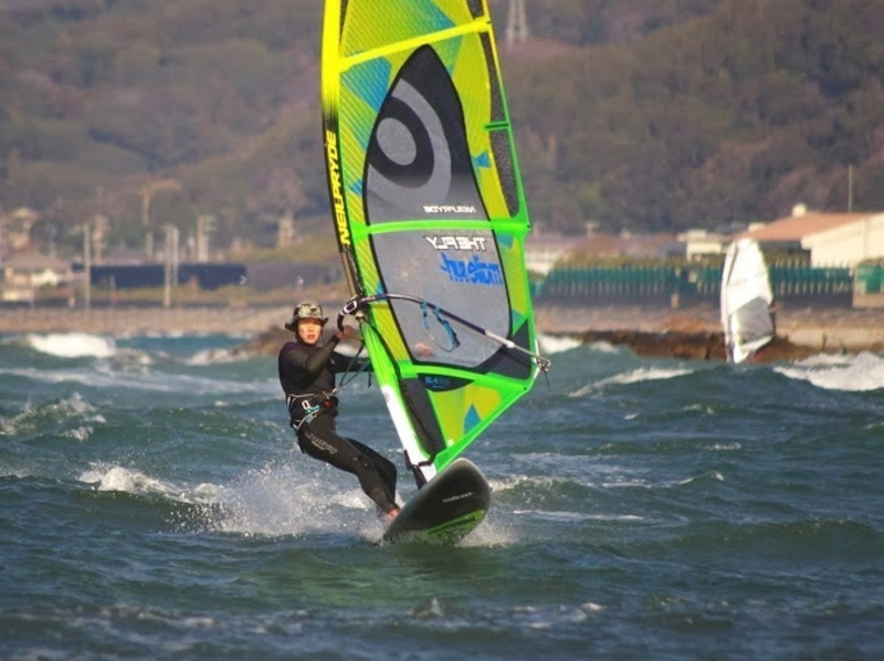 【千葉・検見川の浜】海を自由に走ってみたい!ウィンドサーフィン体験スクール(1日コース)の紹介画像