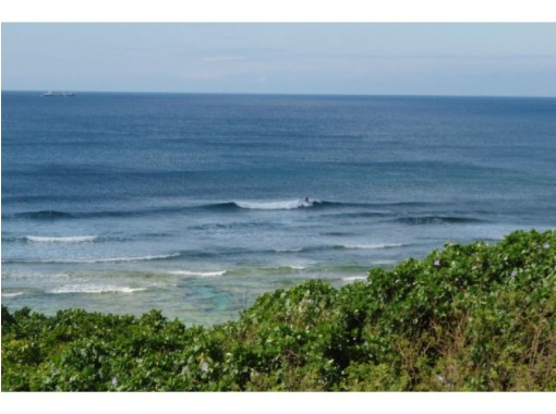 【沖縄/北谷】ショートボードからロングボードまで!サーフボードレンタル(時間無制限)