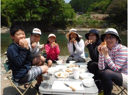 พายเรือแคนูทัวร์ [มิยาซากิ Kitagawa-cho] Ogawa [สำหรับผู้เริ่มต้น! ด้วยการรับประทานอาหารกลางวัน! ]の紹介画像