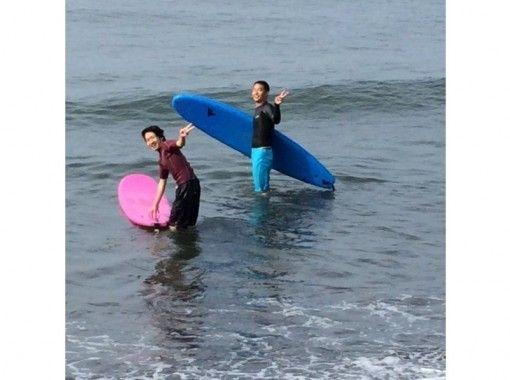 【神奈川県・横浜市】湘南の海を駆け抜けよう!サーフィンサークル!(3時間)