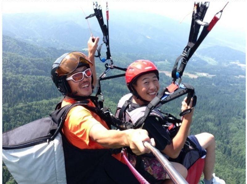 【山形・パラグライダー】インストラクター操縦の本格フライト☆タンデム体験コースの紹介画像