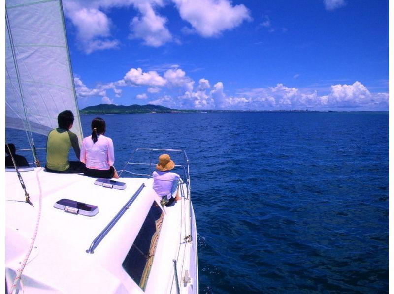 【沖縄・石垣】ヨットの操縦体験!?体験セーリングコース【2,5時間】の紹介画像