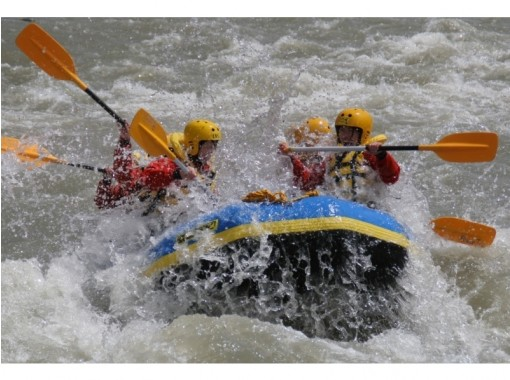 [Sapporo, Furano, Tomamu] Challenge the torrent of Hokkaido highest peak! Mukawa Rafting ♪ shower, Changing room, toilet equipped! Convenient access from Sapporo using the East Road ♪の紹介画像
