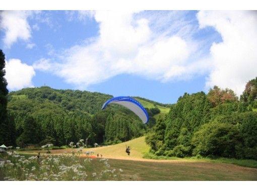 【兵庫・神鍋高原】初めての方も安心!パラグライダー体験飛行(1日コース)