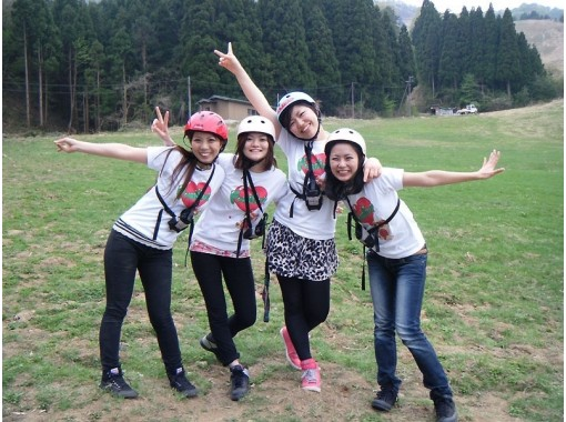 [Hyogo ・ Kannabe Kogen] The first person is safe Paragliding Experience flight (1 day course)の紹介画像