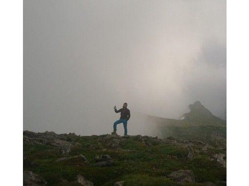【北海道・百名山etc】旭岳・黒岳・雌阿寒岳・アンヌプリ・樽前山などから選択できるトレッキング! 送迎付。の紹介画像