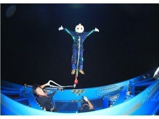 """[สะพานแขวนใหญ่ อิบารากิ / ริวจิน] ทิวทัศน์อันยอดเยี่ยมของบันจี้จัมพ์จากความสูง 100 เมตร! Ryujin สะพานแขวนขนาดใหญ่ """"Ryujin Bungy""""の紹介画像"""