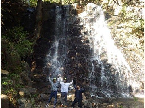 [Yamanashi/ Kawaguchiko] Kawaguchi Asama Shrine-Mother's Shirataki Nature Guide Walk-Relax with Negative Ionsの紹介画像