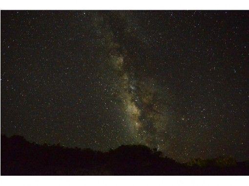 [沖繩石垣島]視線從來沒有見過在城市沒有留下深刻印象!螢火蟲的天空和滿天繁星之旅(遠足)の紹介画像