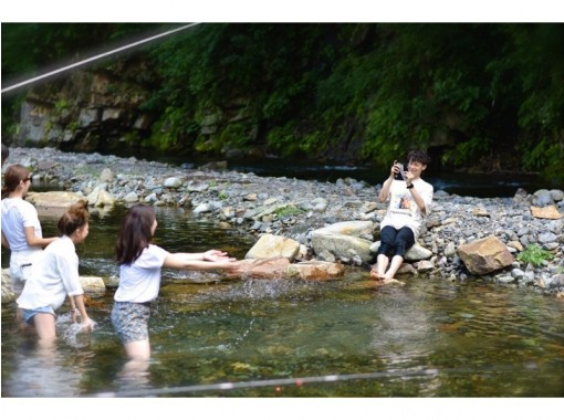 【埼玉・秩父】お子様と一緒に川遊びも!ニジマス釣り2時間コース【BBQオプションあり♪】