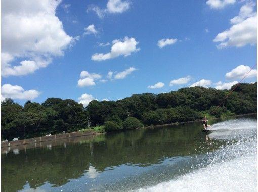 【アクセス良好 江戸川】ウェイクボード体験プラン<初心者向け>の紹介画像