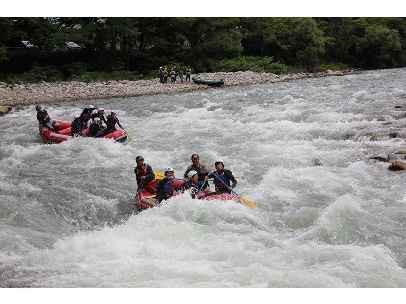 [Minakami-half-day rafting tour] Get the photo data in the tour! Introduction to image