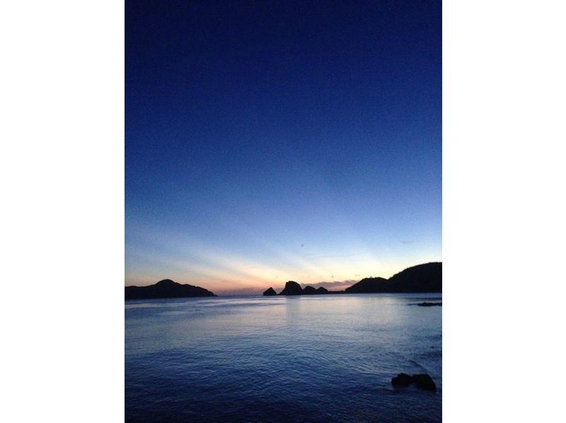 【沖縄・慶良間】おすすめ!ボートで行くSUP&シュノーケリングツアー(3.5時間)の紹介画像