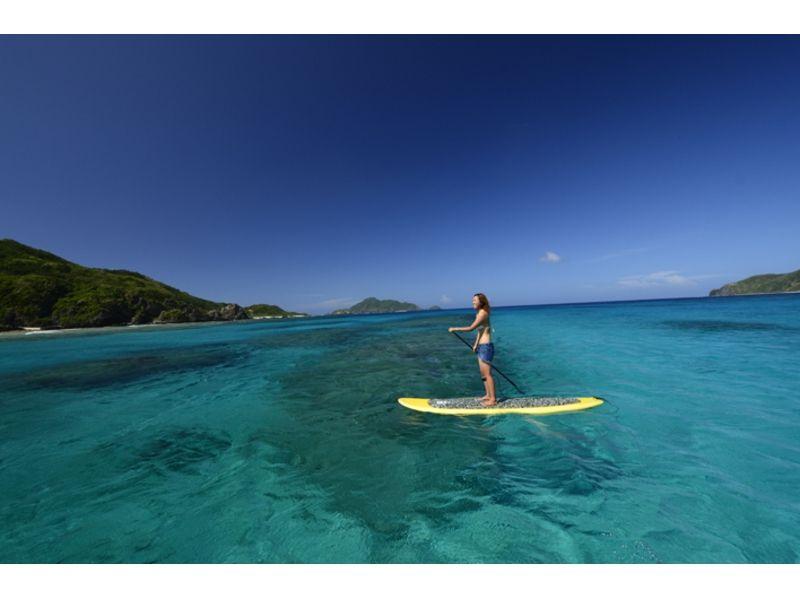 【沖縄・慶良間】ビーチから行くsup&シュノーケルツアー(3.5時間)の紹介画像
