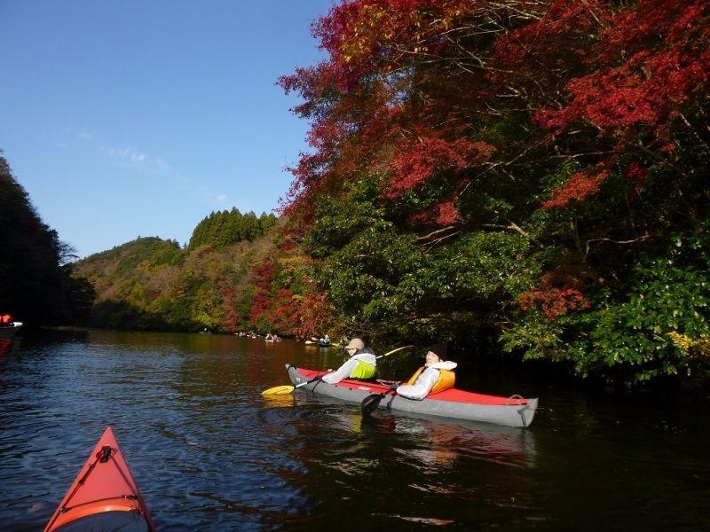 千葉・亀山湖でカヌーツアー