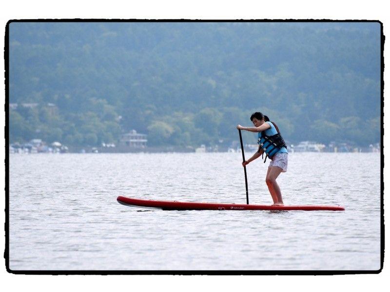 """เดินทะเลสาบ Yamanaka! ︎ภาพการเปิดตัวของตัวเอง """"ประสบการณ์จีบพอง"""" เริ่มต้น"""