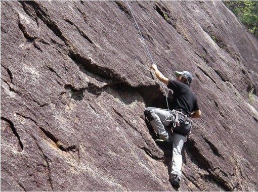 クライミングセミナー南山  シーズン:10月下旬〜4月下旬