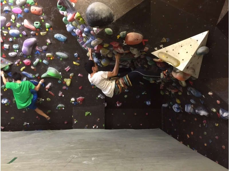 [Shinjuku, Tokyo] until the weekdays, 7:00 pm super student discount! Students will also enjoy the bouldering! Introduction to image