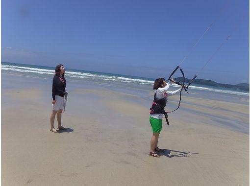 [Kyushu, Kagoshima] beginner Introduction! Step up kite board experience (120 minutes)の紹介画像