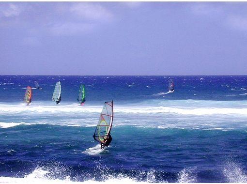 【静岡・御前崎】風をつかまえて滑走!ウインドサーフィン体験(2時間コース)