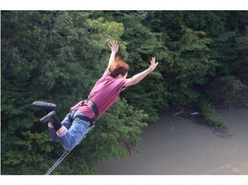 [北海道/日高]跳向河边!桥秋千!の紹介画像