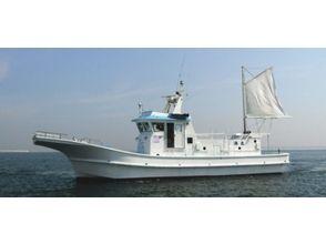 【大阪・泉南市】大阪湾で漁師気分が味わえる!「底引き網漁」体験プランの魅力の説明画像