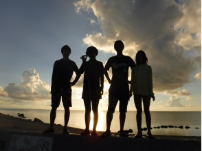 [Okinawa Ishigaki Island] impressed by the beauty of the sunrise and sunset! <Walk SUP> tour of the (90-minute short course) charm of description image