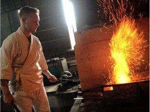 【岐阜・羽島市】刀匠が鍛造の技を教えます!鍛冶場で侍ナイフ作り(1日体験コース)の魅力の説明画像
