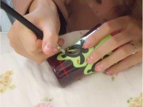 プランの魅力 Paste the pattern of your choice on the surface of the glass and make a notch with a cutter. の画像