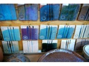【埼玉・陶芸体験】粘土遊び感覚で楽しく作ろう!手びねり体験の魅力の説明画像