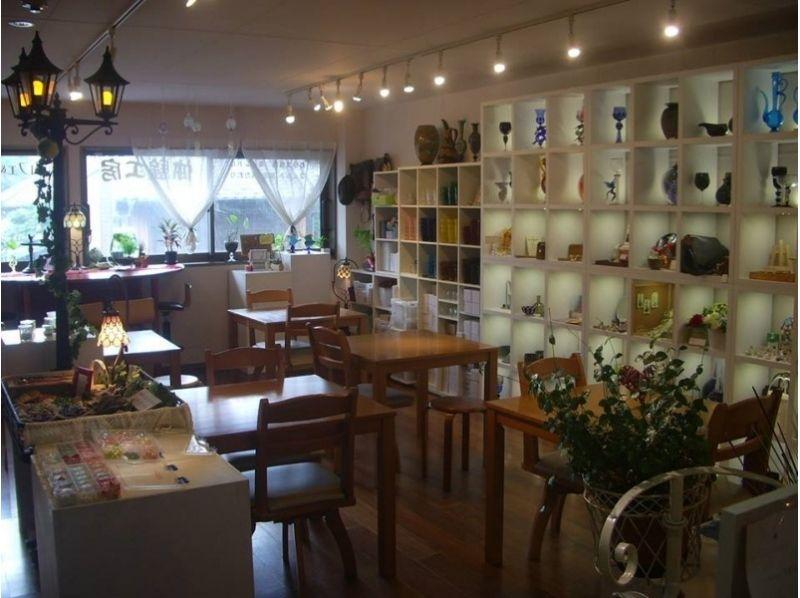プランの魅力 明るい店内のカフェ&ギャラリー の画像