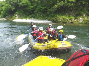 [Okutama family rafting] participation in the family from the first year of elementary school OK! Charm of description image of