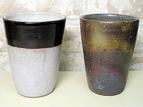 【東京都・陶芸】オリジナルのビアマグで至福の一杯に!手びねりビアマグ陶器作りの魅力の説明画像