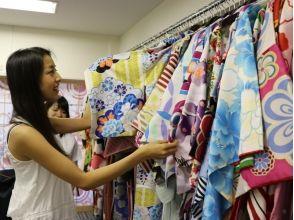 [Harajuku, Tokyo] Harajuku stroll in a casual denim kimono a! Denim kimono plan ♪ attractive description image