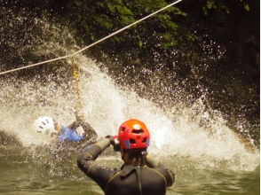 【Okutama Canyoning · Advance Course】 Canyoning one step up! Explanation image of the attraction of experienced person