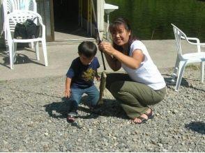 【北海道・上川町】はじめての釣りでも大丈夫★釣った魚でおいしいランチ付!(養殖場見学もあり)の魅力の説明画像
