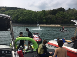 [Yamanashi / Yamanakako] Skidded over the water! Explanation image of charm of wake board experience (20 minutes)
