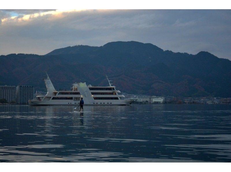 プランの魅力 夕日と観光船ミシガン の画像