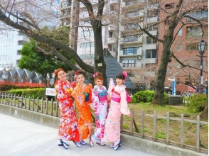 [Tokyo · Asakusa] Easy from Asakusa Station in 30 seconds! Explanation image of charm of [Kimono rental Nakayoshi Plan / over 5 people]