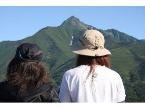 【北海道・利尻島】利尻自然ガイドサービス・利尻島「ポン山~姫沼」トレッキングプランの魅力の説明画像