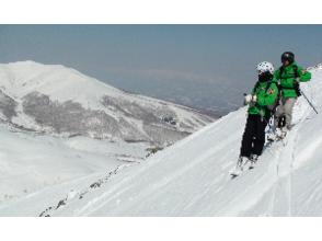 【北海道・ニセコ】アンヌプリ山頂からの滑走!バックカントリーガイド【リピーター限定プラン】の魅力の説明画像