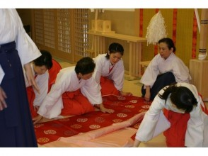 【奈良・伝統文化体験】「春日大社」御巫(巫女)プチ体験(1日)※女性限定プランの魅力の説明画像