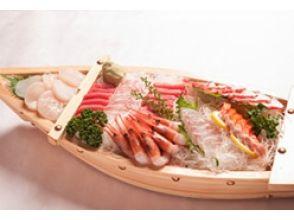 [東京灣遊艇]享受驗收包車船屋天婦羅,壽司冷盤超過20人!描述圖像的魅力的松樹當然