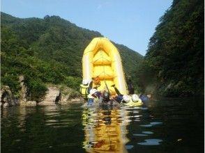 プランの魅力 夏~秋は水遊び系エンジョイラフティング! の画像