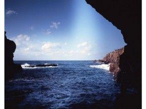 プランの魅力 Sea seen from the cave の画像