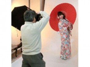 プランの魅力 Studio photo shoot 2 poses Create 2 cabinet size photos Mount finish [2,700 yen including tax] の画像