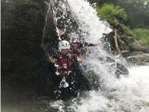 プランの魅力 滝に打たれるのってサイコー の画像