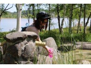 プランの魅力 Use the natural water of Lake Shirakaba in your own bottle! It's a valuable nature experience! の画像